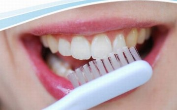 Teeth-cleaning-and-Dental-Health1